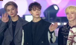 Dàn sao biểu diễn 'ca khúc quốc dân' của SNSD ở Dream Concert