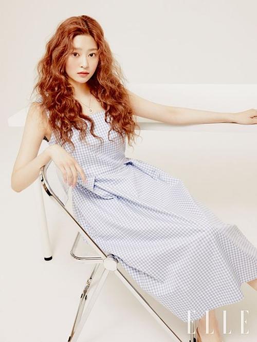 Suzy,Min Joo (IZONE) và mỹ nhân Hàn trên tạp chí thời trang tháng 6 - 5