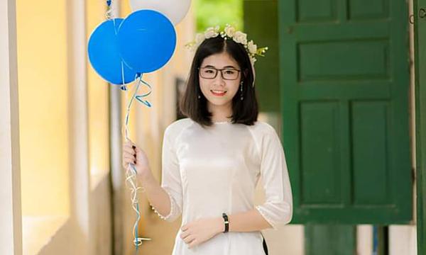 Thủ khoa khối C trường ĐH Tôn Đức Thắng năm 2018: Nguyễn Trần Kiều Anh. Ảnh: NVCC