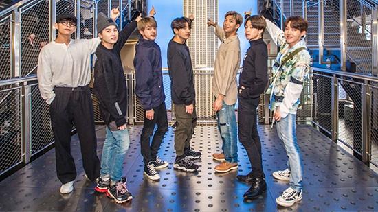 BTS được chào đón khi đến Mỹ, liên tục tham gia các show phỏng vấn.