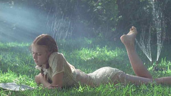 5 sao nữ Hollywood đóng phim nhạy cảm ở tuổi vị thành niên - 2