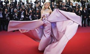 'Thiên thần nội y' Elsa Hosk - nàng công chúa cổ điển trên thảm đỏ Cannes