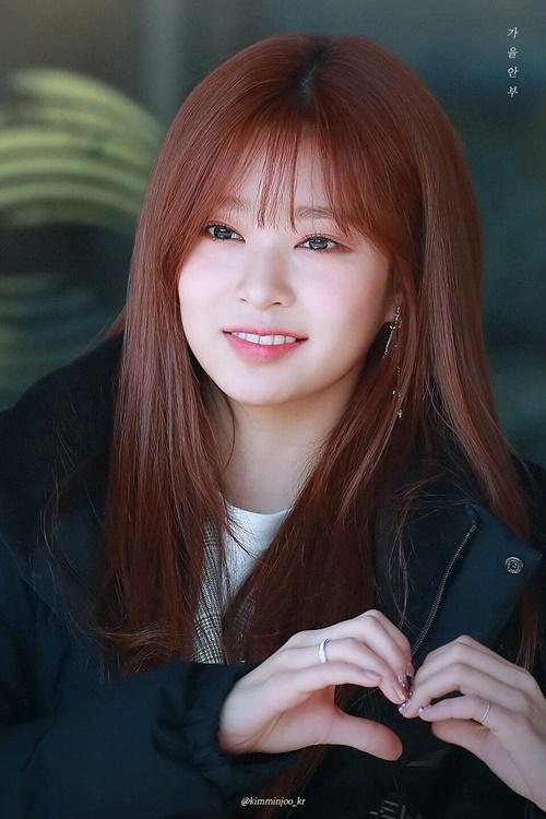 Kim Min Joo ngày càng xinh đẹp