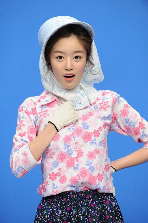 Khi mới tham gia Invincible Youth, Sun Hwa mới chỉ là tân binh. Cô nàng luôn lo lắng bị cắt bớt thời lượng lên hình. Dù còn thiếu kinh nghiệm nhưng thành viên Secret cố gắng hết mình trong từng tập, là nhân tố gây cười. Từ một idol vô danh, Sun Hwa trở nên nổi tiếng hơn, nhận nhiều hợp đồng quảng cáo, đóng phim.