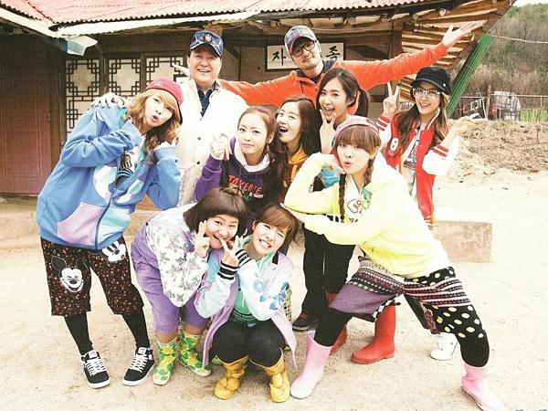 Fan Hàn gọi họ là Nhóm nữ G7, các thành viên không chỉ thân thiết,  tung hứng ăn ý trên show mà còn rất thân thiết ngoài đời. Dù girlgroup  này chưa từng ra album chung, quảng bá trên show âm nhạc nhưng họ là  một phần thanh xuân của người hâm mộ Kpop. Sau 10 năm, các thành viên của show thực tế Invincible Youth trải qua nhiều thăng trầm trong sự nghiệp.