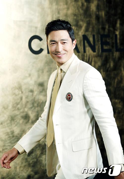 Daniel Henney luôn là quý ông lịch lãm của làng giải trí Hàn Quốc.
