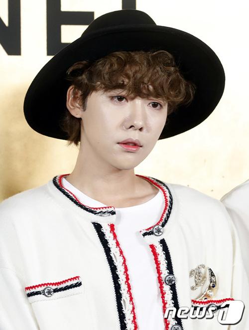 Min Won có nét đẹp phi giới tính.