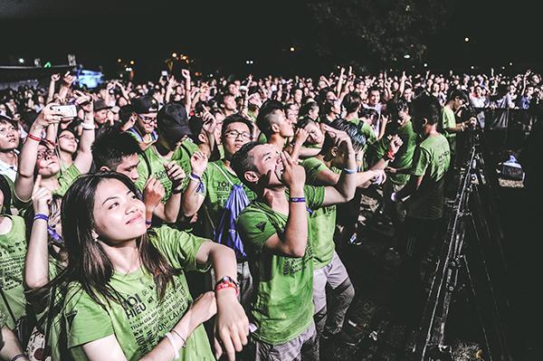 Giới trẻ quẩy ở Monsoon Music Festival 2017.