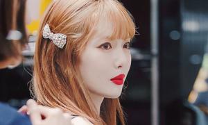 Những hình ảnh chứng minh Hyuna là 'nữ hoàng son đỏ'