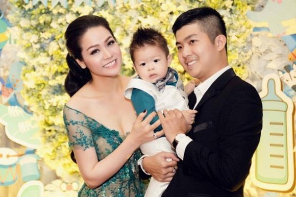 Gia đình nhỏ của Nhật Kim Anh.