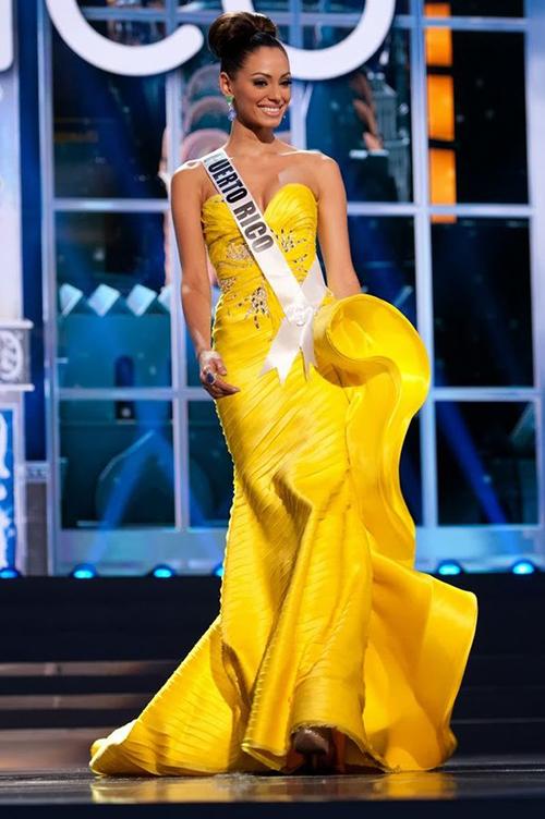 Chiếc váy của Monic Perez được chuyên trang Missosology xếp ở vị trí thứ 8.