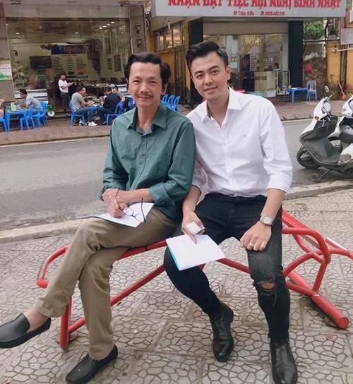 Nghệ sĩ Trung Anh và diễn viên Tuấn Tú được khán giả đồn đoán sẽ trở thành bố vợ - chàng rể trong Về nhà đi con.