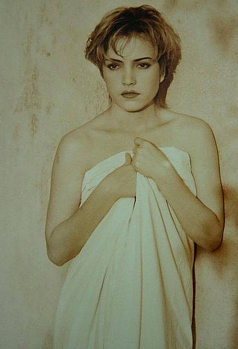 Nhan sắc thuở son rỗi của Thanh Hà được nhiều khán giả so sánh với Nữ hoàng nhạc Pop Madonna.