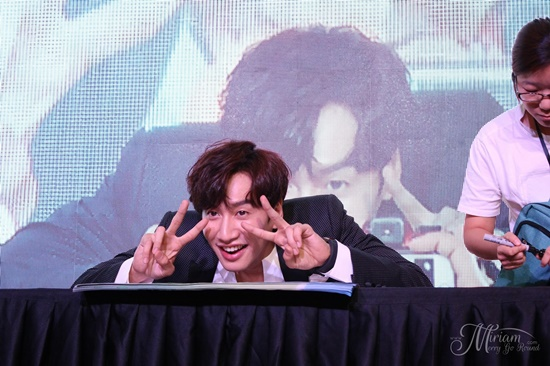 Fan Hươu cao cổ Lee Kwang Soo có hiểu rõ về anh chàng? - 8