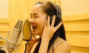 Võ Hạ Trâm ráo riết tập luyện cho liveshow kỷ niệm 12 năm ca hát