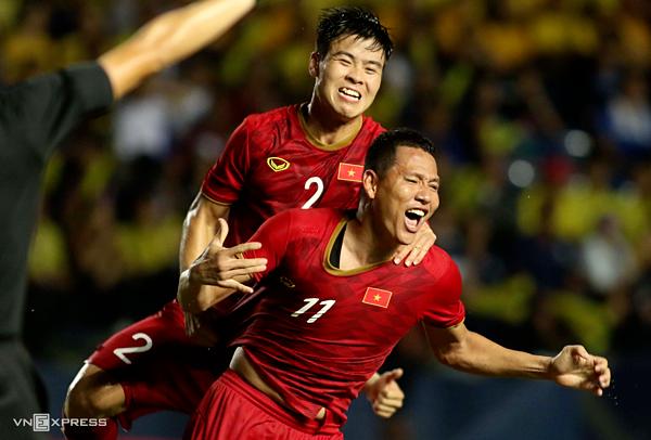Anh Đức ăn mừng bàn thắng trong trận đối đầu Thái Lan hôm 5/6. Ảnh: Đức Đồng.