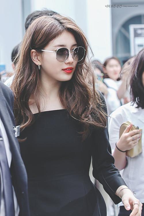 Kể từ ngày rời JYP, Suzy liên tục được bung lụa
