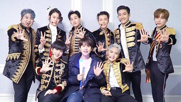 Super Junior đứng vị trí thứ 7 với 2.106.387 điểm. Nhóm vừathông báo sẽ comeback vào nửa cuối năm 2019. Đây là lần trở lại đầu tiên của nhóm sau khi tất cả các thành viên hoàn thành nghĩa vụ quân sự, tuy nhiên họ sẽ quảng bá với đội hình 9 người mà không có Kang In và Sung Min.