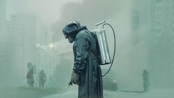 Những lý do giúp Chernobyl thành phim truyền hình được yêu thích nhất  - 1