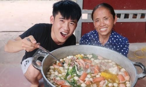 Con trai Bà Tân 'Vê Lốc': 'Làm youtuber mẹ sẽ không phải xách vữa cực khổ nữa'