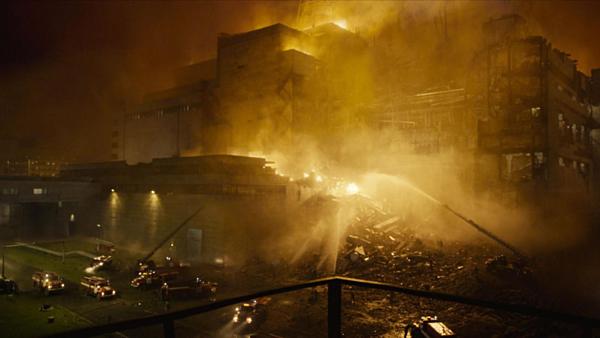 Những lý do giúp Chernobyl thành phim truyền hình được yêu thích nhất