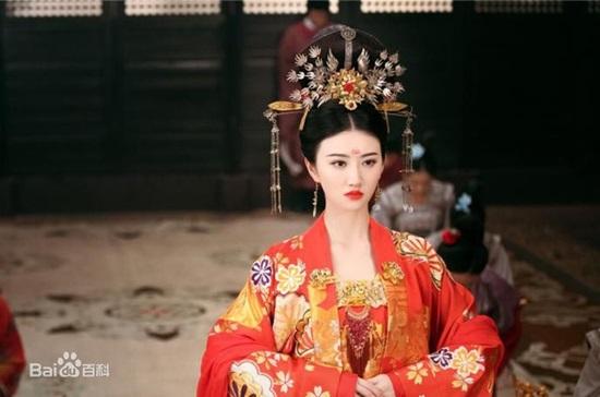 Đoán phim cổ trang Hoa ngữ qua trang phục cô dâu (2) - 1