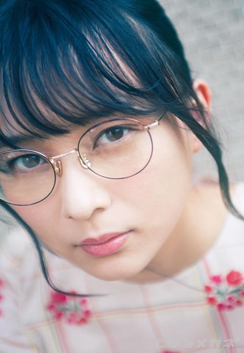 Một thành viên khác của Nogizaka46 có thứ hạng cao trong BXH là Suzuki Ayane.