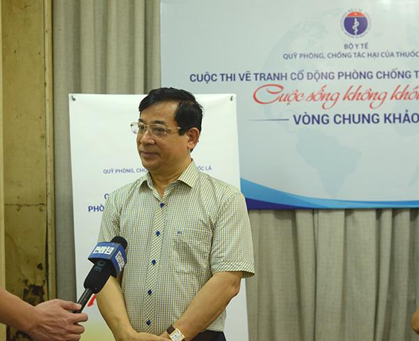Phó giáo sư Tiến sĩ Lương Ngọc Khuê - Cục trưởng Cục quản lý khám chữa bệnh - Giám đốc Quỹ phòng chống tác hại của thuốc lá, Bộ Y tế trả lời phỏng vấn.