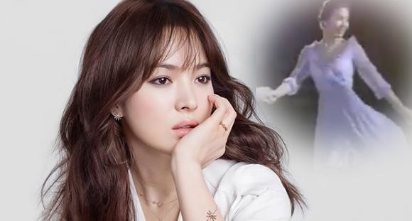 Song Hye Kyo từng suýt trở thành một vận động viên trượt băng nghệ thuật. Theo lời giáo viên ở trường cấp 2, nữ diễn viên có một sự nghiệp thể thao tươi sáng. Cô dành nhiều năm tập luyện trượt băng nghệ thuật song cuối cùng lại rẽ hướng diễn xuất.