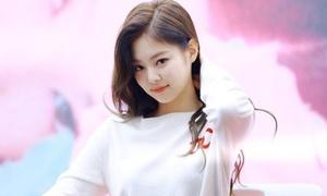 BXH thương hiệu tháng 6: Jennie là 'nữ hoàng', Ji Soo thăng hạng không ngờ