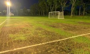 SVĐ dành cho cầu thủ Việt tập luyện ở Philippines như... mặt ruộng