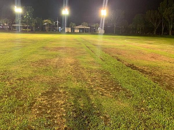 SVĐ tập luyện ở Philippines dành cho cầu thủ Việt bị ví như...mặt ruộng - 1