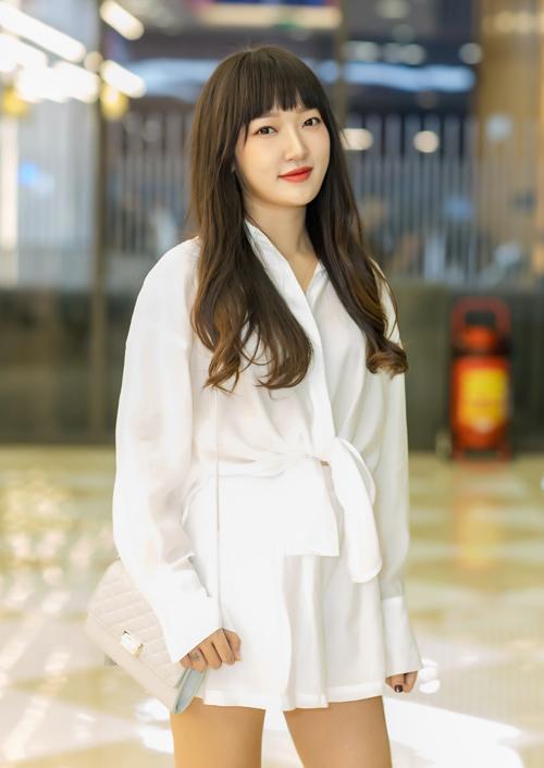 Bộ phim còn có sự tham gia của Linh Sugar - người từng tham gia MV Nếu như anh đến của Văn Mai Hương