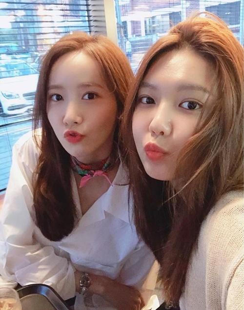 Yoona và Soo Young