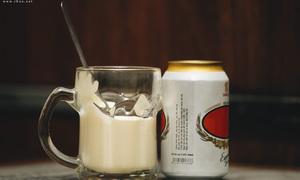 Bia trứng - thức uống lạ mà quen của người Hà thành