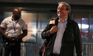Cựu chủ tịch UEFA được thả tự do