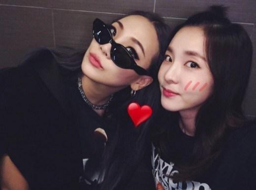 CL và Dara là một trong những nghệ sĩ được fan ủng hộ sớm rời YG để tìm bến đỗ mới.