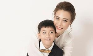 Đàm Thu Trang đăng ảnh thân mật bên con trai Hồ Ngọc Hà