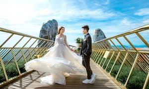 Ảnh cưới lãng mạn tại cầu Vàng của cặp đồng giới