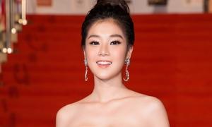 Lâu lâu mới gợi cảm, fan khuyên Hoàng Yến Chibi 'cứ thế phát huy'