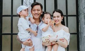 Vợ Tuấn Hưng: 'Bé thứ ba nằm ngoài kế hoạch của gia đình tôi'