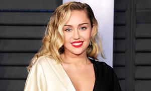 Bạn biết gì về cô nàng nổi loạn Miley Cyrus?