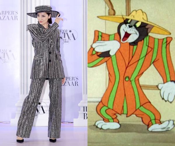 Trang phục của Bảo Anh tuy rất đẹp nhưng cũng bị ví von với bộ suit quá khổ đi kèm mũ rộng vành mèo Tom từng diện.