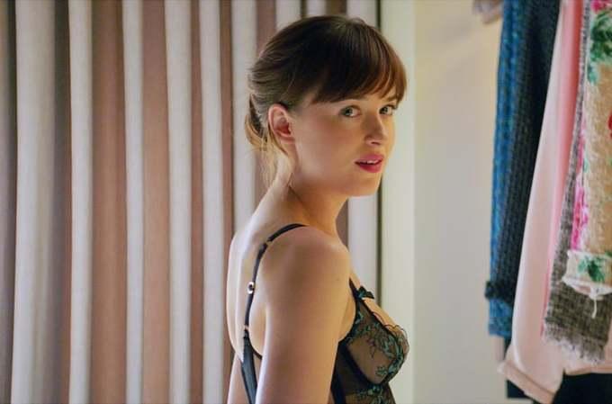 <p> Diễn xuất của nữ diễn viên đến nay vẫn không đa dạng. Dakota Johnson bị nhận xét chỉ giỏi khoe độ gợi cảm trong những phân cảnh phải lộ da thịt. Từ đó đến nay, Dakota Johnson vẫn không có thêm dự án phim nào gây chú ý.</p>