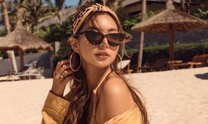 Nữ chính 'Lật mặt' khoe da nâu trên bãi biển