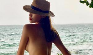 Kỳ Duyên gây tranh cãi khi cởi váy chụp bán nude