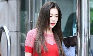 Irene bị chê 'mặc như bà già', ITZY sang chảnh đến Music Bank
