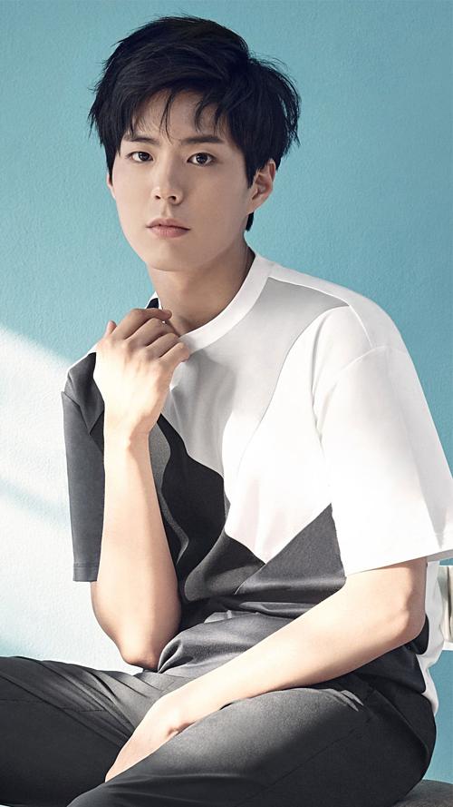 Cuối 2016, Bo Gum vượt mặt chính Song Joong Ki và nhiều tên tuổi khác để và giành giải Nam diễn viên được yêu thích nhất trong cuộc bình chọn của Gallup Korea. Cuộc bình chọn có 1.700 người tham gia. Mỹ nam Mây họa ánh trăng đứng đầu với 35,2% lượt bình chọn.