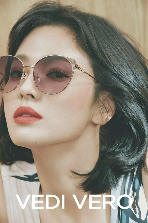 Song Hye Kyo là gương mặt quảng cáo được yêu thích.