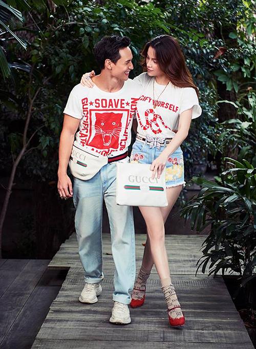 Không chỉ tương xứng về ngoại hình, Hà Hồ và Kim Lý còn đồng điệu phong cách thời trang và thường xuyên diện đồ đôi. Cặp trai tài gái sắc thường chọn cách mix chung màu sắc, kiểu dáng trang phục... để vừa ăn ý mà vẫn thể hiện được màu sắc riêng của từng người.